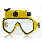 Underwater scuba mask DVR with 720p resolution is ideal for holidays with the family in the sea or in the pool