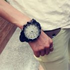 Unisex Sports Watches Outdoor Fashion Quartz Watch Large Round Dial Wristwatch