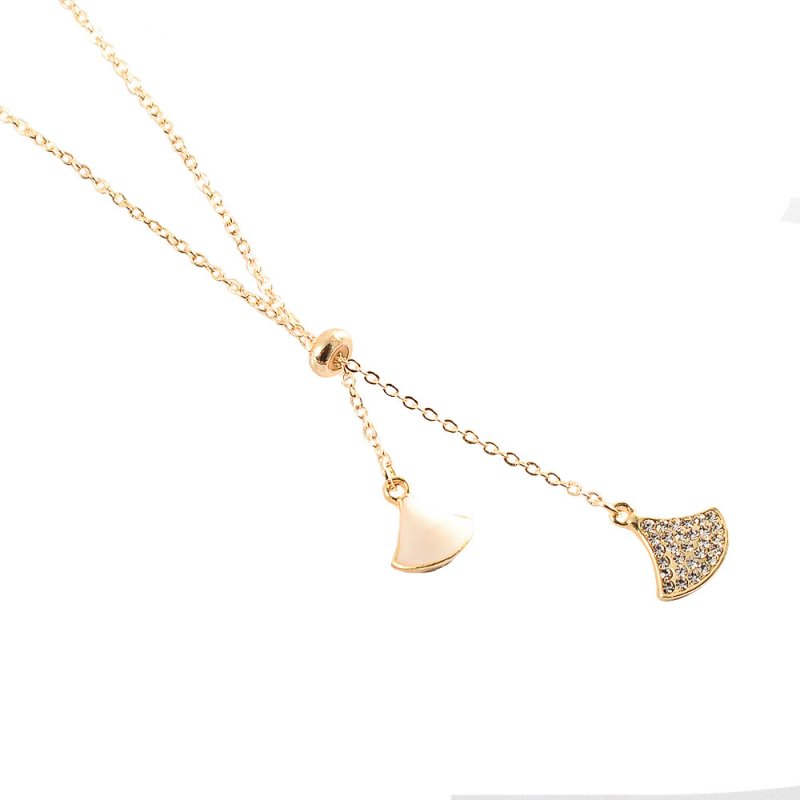 Women's Necklace All-match Fan-shaped Mother-of-pearl Pendant Clavicle Chain white