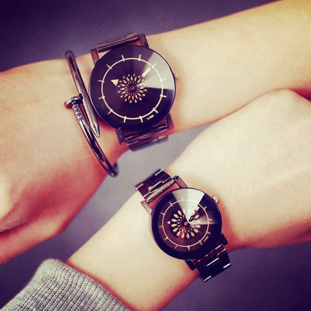 Concise Lovers Retro Casual Copper Belt Fashion Watch Large black dial