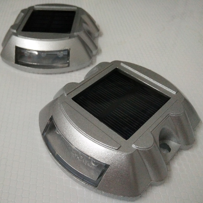 6LED Spike Lamp IP68 Waterproof Aluminium Alloy Solar Energy Powered Highway Light