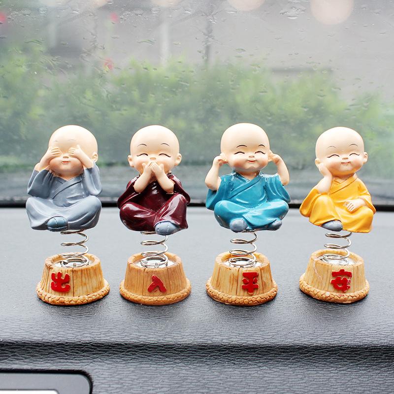 [Indonesia Direct] 4Pcs/Set Spring Cute Cartoon Little Monk Doll Decoration Auto Dashboard Shaking Head Ornament