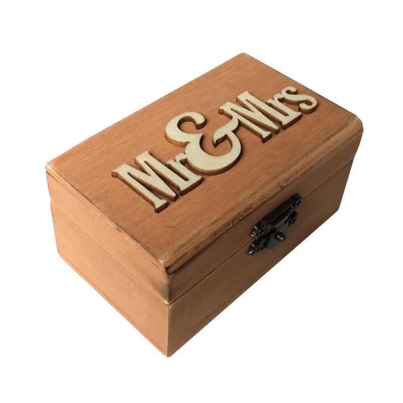 Wedding Ring Box Wood MR & MRS Printed Wedding Ring Bearer, Rustic Ring Holder Jewelry Gift Box 10cm * 6cm * 5cm