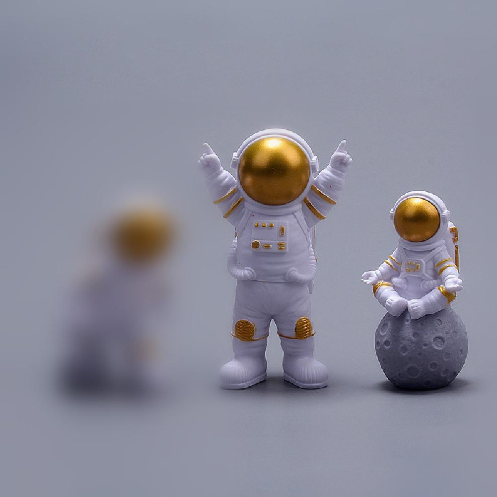 3Pcs/Set Nordic Decor Astronaut Space Rocket Planet Shape Living Room Home Decoration Accessories gold