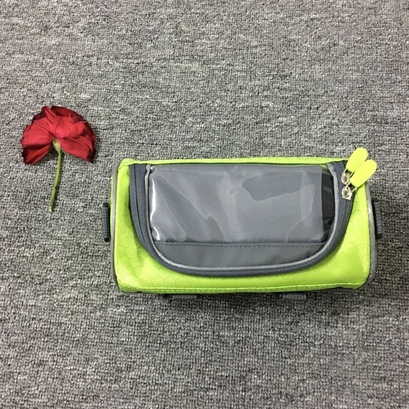 Bicycle Bag Multifunctional Touch Screen Frame Tube Handlebar Bag Riding Storage Bag green_22*12*12