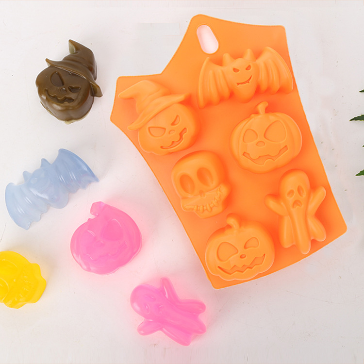 6 Grids Halloween Silicone Mold Chocolate Jelly Candy Festivals Decoration Pudding Mold Random Color