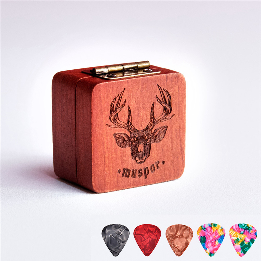 Wooden Pick Box Storage with 5pcs Guitar Picks for Electric Guitar Bass Ukulele  Reindeer