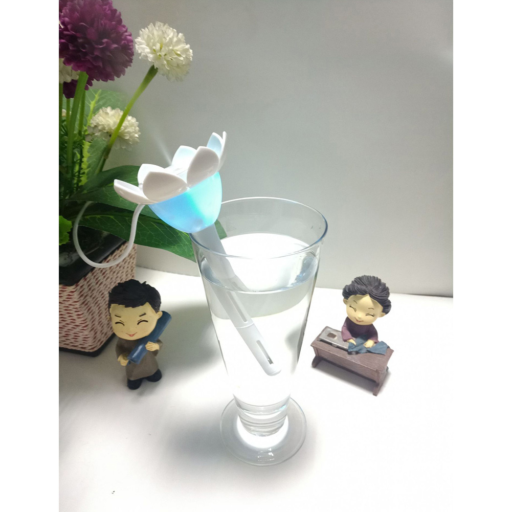 USB Mini Desktop Air Humidifier Portable Silent Water Diffuser for Office Driving Bedroom  Lotus white