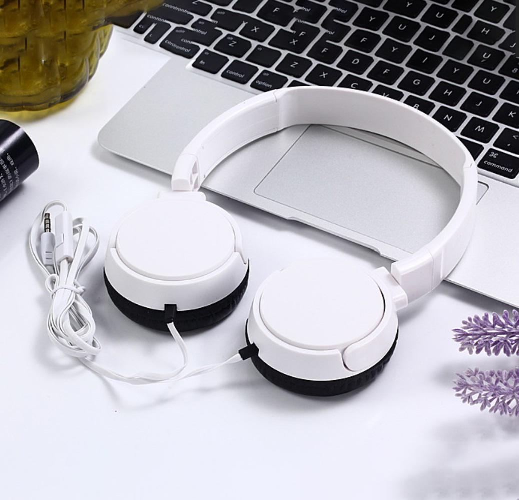 J08 Wired Earphone Universal Gaming Headset with Microphone for Computer white
