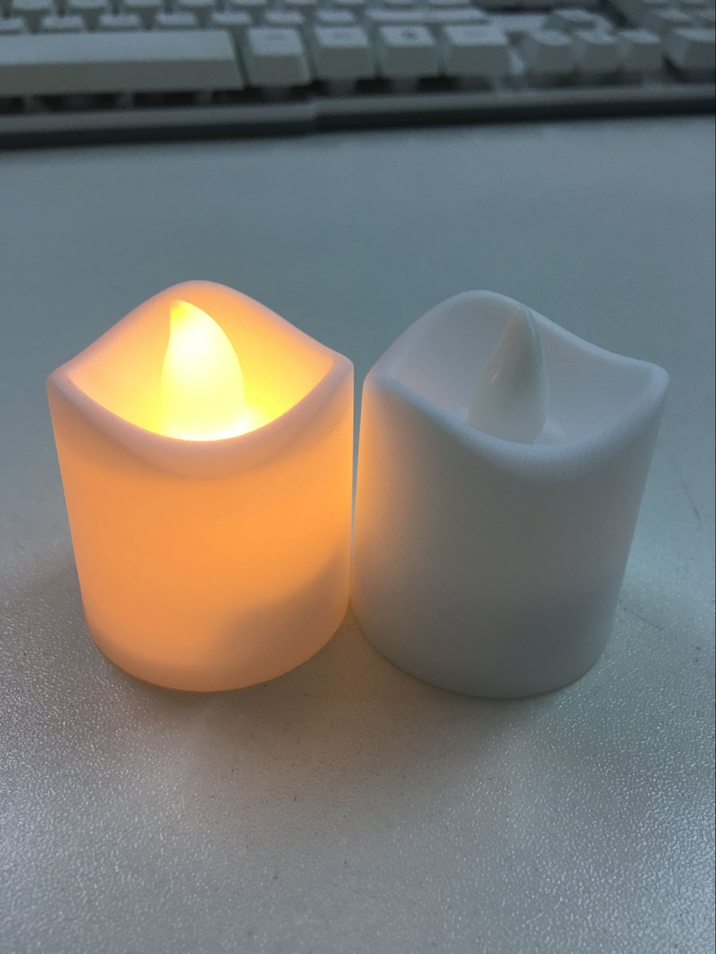 Flameless LED Lights Candles Wavy Edge Electronic Candles for Wedding Party Home Decoration black_4.5 * 4 * 4